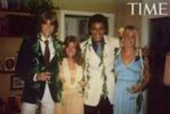 TIME publishes Obama prom photos, yearbook message