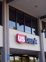 u.s. bank robbed on deanza boulevard